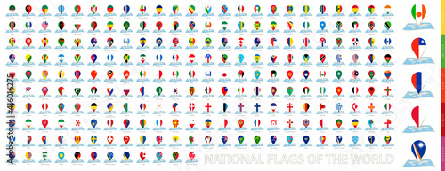 Fotografia, Obraz Maps of the world with pin flags of 228 countries.