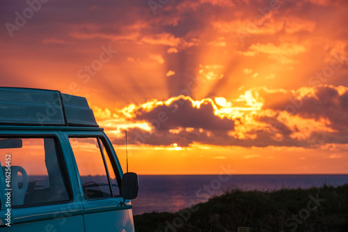 Canvas Print campervan at sunset