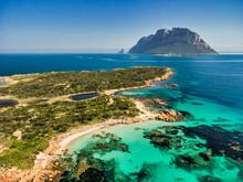 La Meravigliosa Isola Piana, Nell Area Marina Protetta Di Tavolara, Sardegna.