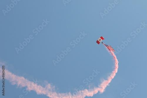 Obraz na plátně Skyhawk skydiving