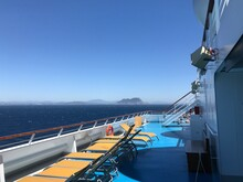 Fels Von Gibraltar Im Mittelmeer Am Nachmittag Von Einem Kreuzfahrtschiff Aus Fahrend Richtung Lissabon Portugal