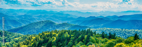 Slika na platnu A panoramic view of the Smoky Mountains from the Blue Ridge Parkway in North Carolina