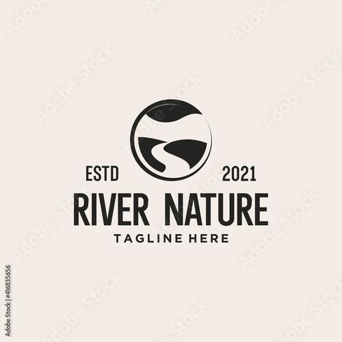 Carta da parati river nature logo design vector