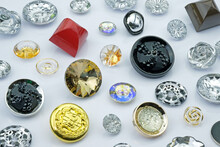 Sew-on Plastic Buttons Of Various Types And Sizes. Large Buttons Decorated With Stones And Rhinestones. Decorative Buttons For Clothes.
