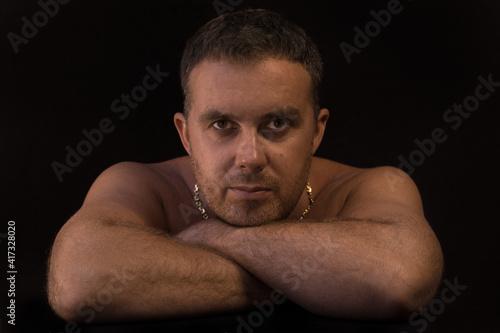 Obraz Twarz Mężczyzna ciało skóra spojrzenie - fototapety do salonu