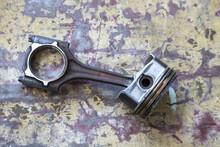 Kolben Und Pleuelstange Eines Ottomotors