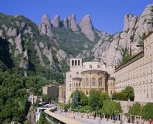 Montserrat Monastery Founded In 1025, Catalunya (Catalonia) (Cataluna), Spain, Europe