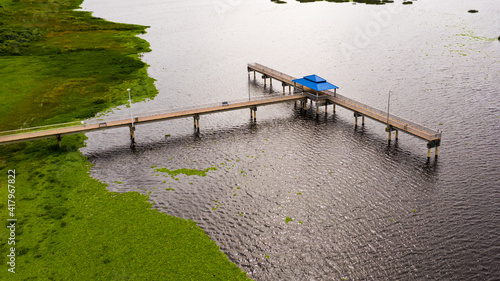 Obraz na plátne Long known as Lake Okeechobee Recreation Area, this waterfront park in Okeechobee offers expansive views of Lake Okeechobee from its shoreline and pier