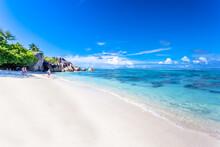Plage Paradisiaque D'Anse Source D'argent, La Digue, Seychelles