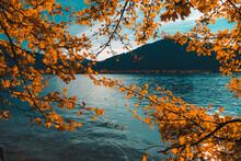 Sonnenuntergangsstimmung Im Herbst Am See