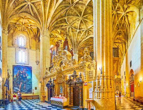 Leinwand Poster Panorama of the prayer hall of Minor Basilica, Arcos, Spain