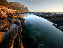 Amazing Shot Of The Atlantic Ocean From The Bay Of Cape Peninsula, South Africa
