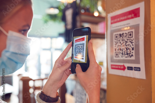 Canvastavla Woman In Mask With Mobile Phone Checking Into Venue Scanning QR Code During Heal