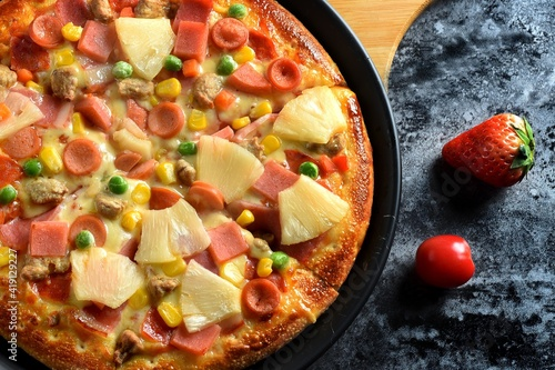 Fototapety, obrazy: Tasty italian pizza made from an authentic recipe. Mozzarella topping mealted on top. Sauce aside. Professional product photography and lightning.