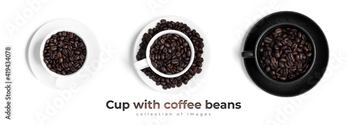 Black cup with coffee beans isolated on a white background. Wallpaper Mural