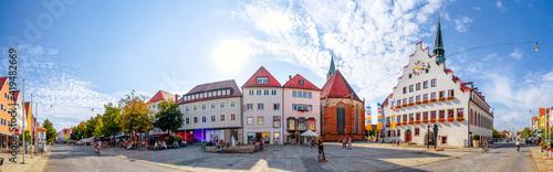 Fototapeta Marktplatz und Rathaus, Neumarkt in der Oberpfalz, Deutschland  obraz