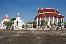 Ordination Hall And Pagoda Of Wat Paramaiyikawat Worawihan Or Mon Temple On Koh Kret Island For Thai People Travel Visit Respect Praying At Pak Kret City On November 15, 2020 In Nonthaburi, Thailand