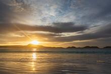Australia, Oceania, Western Australia, Cape Le Grand National Park, Lucky Bay In Sunrise