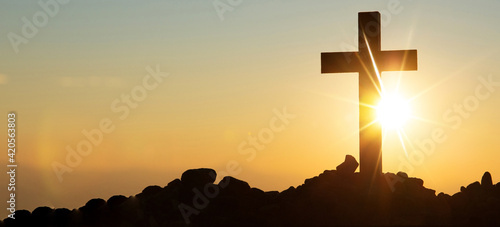 Obraz na plátne Jesus Christ Cross At Sunset