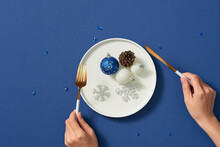 Christmas Place Setting With Christmas Balls