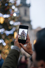 Capturing Holiday Spirit