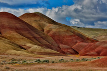 USA, Oregon, John Day Fossil Beds National Monument. Landscape Of Painted Hills Unit.