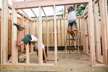 Kids Building A Club House