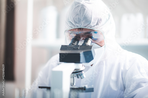 Fotografia Health care researchers working in life science laboratory, medical science tech