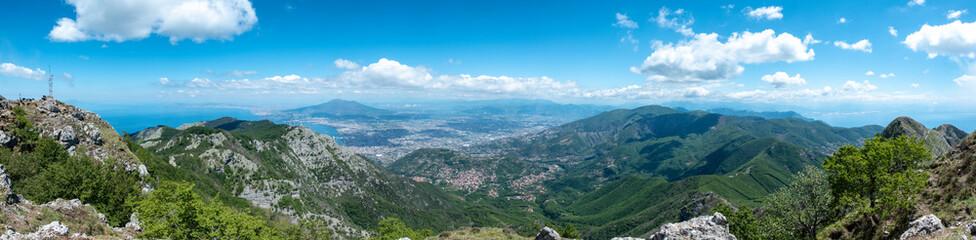 Passeggiata e Trekking all'aria aperta sul Monte Faito in Costiera Sorrentina