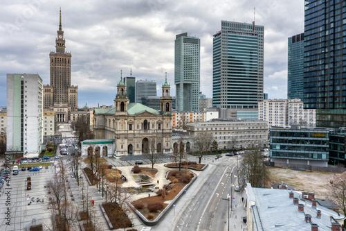 Obraz All Saints' Church at Grzybowski Square in Warsaw, Poland - fototapety do salonu