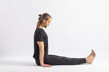 (41-104) Seated Pincer Pose (Dandasana) Yoga Posture (Asana)
