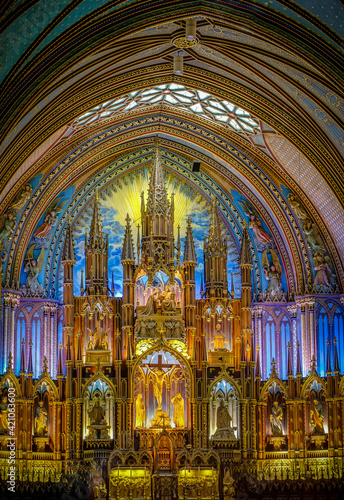 Canvas Print interiors and details of Notre Dame basilica in Montreal, quebec, Canada