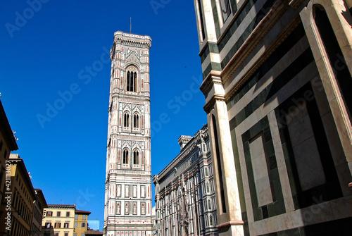 Fotografiet Il campanile di Giotto a Firenze, in Italia.