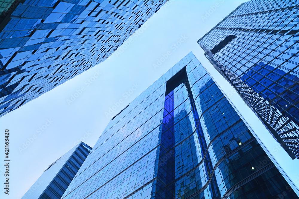 Fototapeta 대도시의 대기업, 은행 ,증권,글로벌회사의 빌딩가