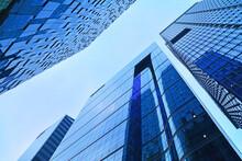 대도시의 대기업, 은행 ,증권,글로벌회사의 빌딩가