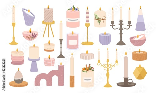 Foto Candles in candlesticks