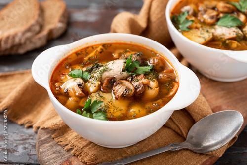 Fotografia Mushroom soup close-up
