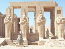 Luxor, Temple Of Ramessess