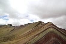 Rainbow Mountains In Peru - Les Montagnes Arc-en-ciel Au Pérou