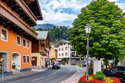Obraz Cityscape of Mittersill in the austrian alps, Europe - fototapety do salonu