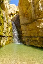 Hidden Waterfall, Arugot Stream, Ein Gedi Nature Reserve