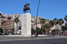 Napoli – Monumento In Rotonda Diaz