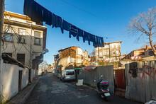 View Of Ramshackle Houses In Residential Quarter Eminonu, Fatih District In Istanbul, Turkey. Shooting Date 2021.