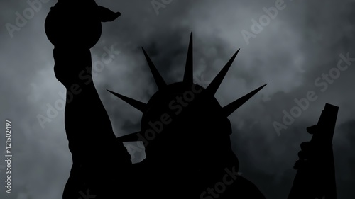 Fotografia The Statue Of Liberty Of New York City Against  Clouds
