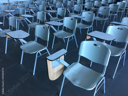 Canvas Print High Angle View Of Empty Chairs In Classroom
