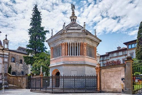 Billede på lærred Baptistery of the Bergamo