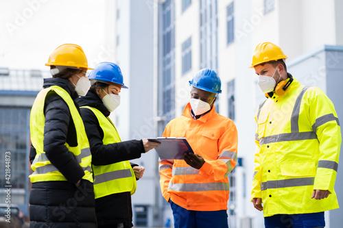 Obraz Industrial Engineer Worker Or Safety Inspector - fototapety do salonu