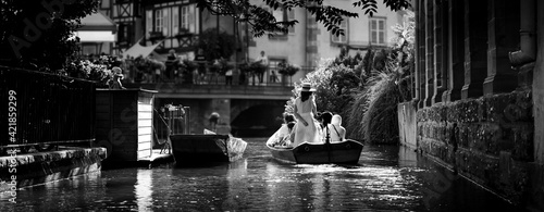 Foto Tourist Boat At Colmar Canals