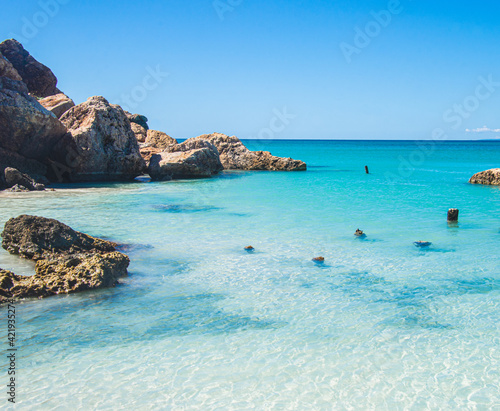 A beautiful turquoise cove on the Isla de Cajo de Muertos in the Caribbean Sea 10 miles off the coast of Ponce, Puerto Rico, USA Fototapet