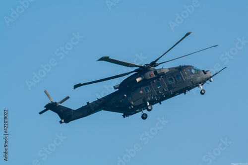 Tableau sur Toile HH101 Helicopter flying at an airshow